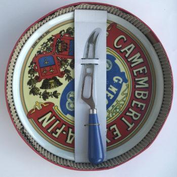 BIACordonBleu_Camembert_platter&knife_web